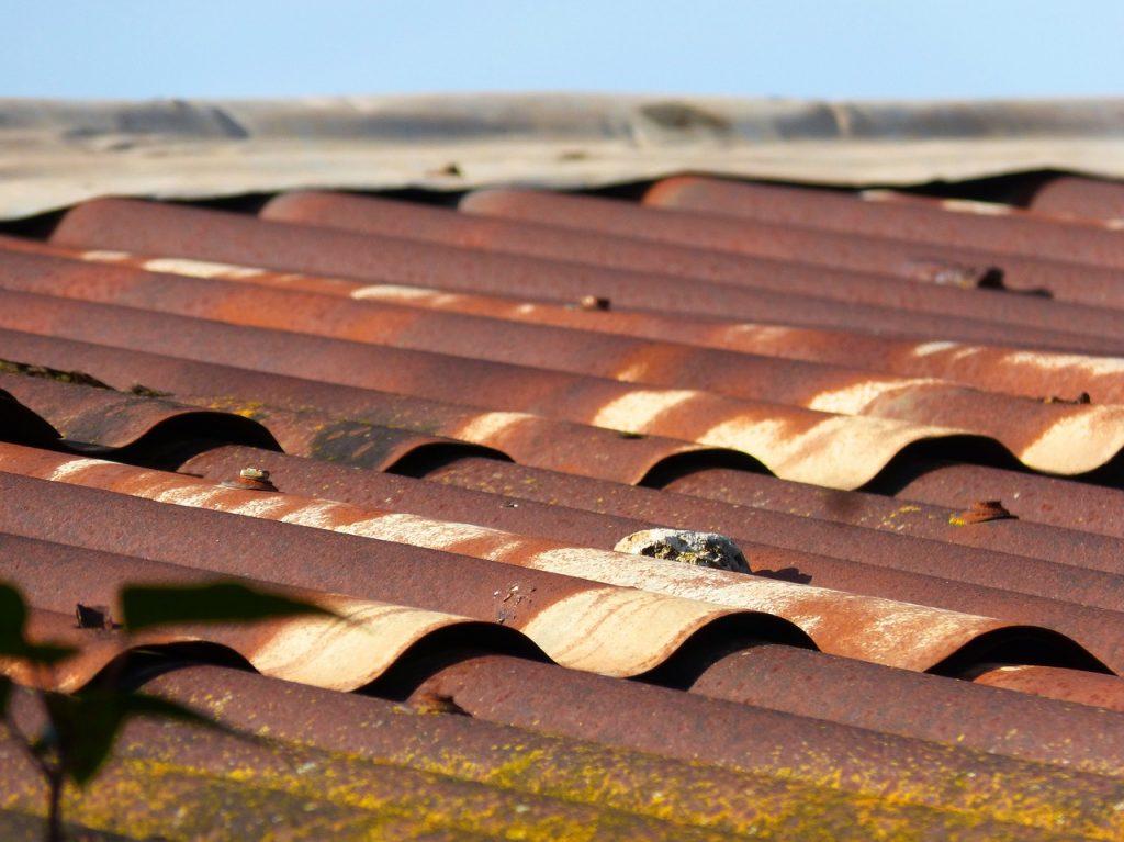 tuberías de uralita tejado
