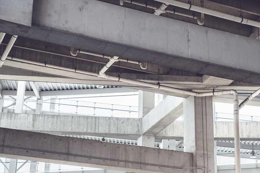 desatascar-bajantes-comunidad-tuberías-edificio