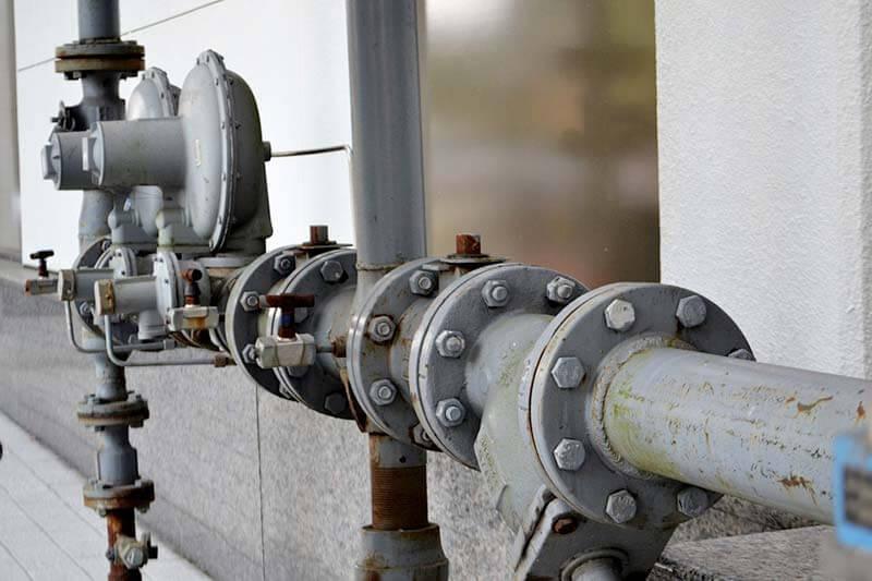 Cómo-se-pueden-aprovechar-las-aguas-residuales-industriales-y-domésticas-tubería de agua-industrial