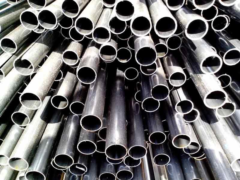 tipos-de-tuberias-de-agua-metal