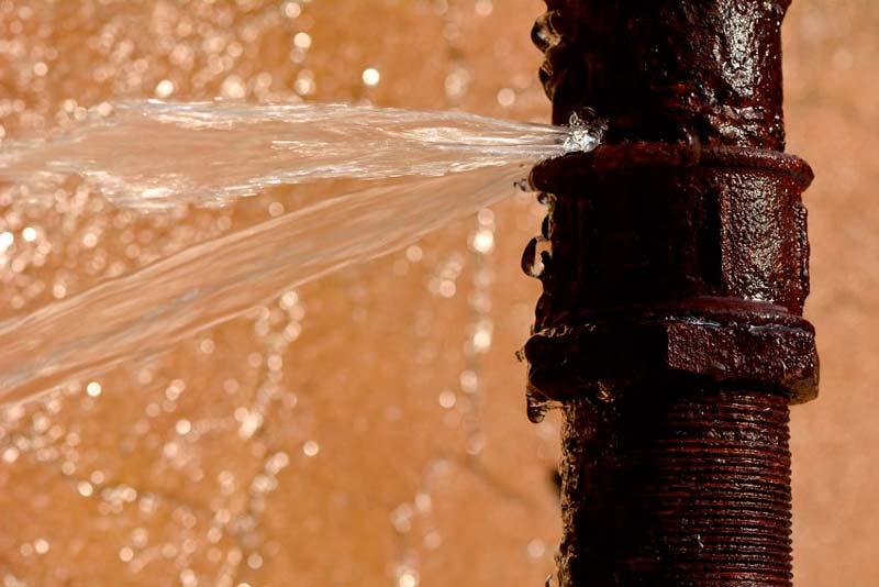 aislar-tuberias-fuga-agua