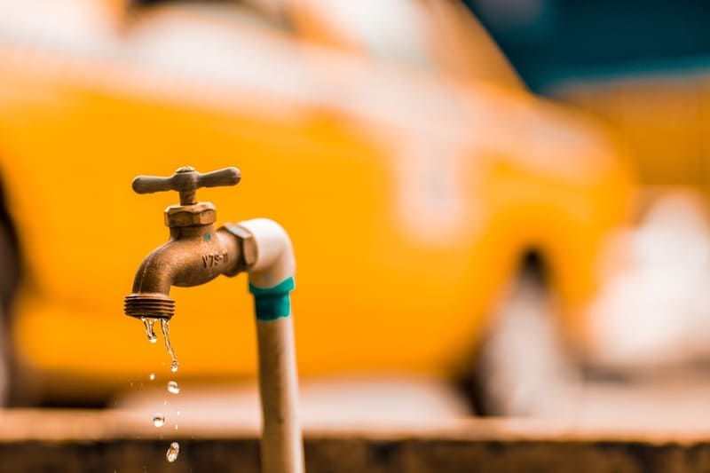 Hidrotec presta servicios de rehabilitación de tuberías en caso de fugas de agua.
